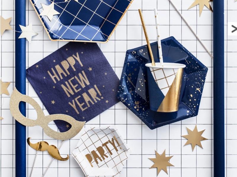 GADŻETY DO ZDJĘĆ HAPPY NEW YEAR 8 SZT